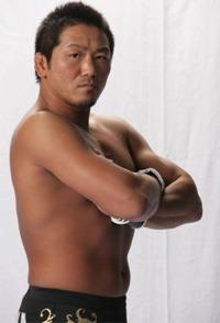 Sengoku apologizes for Misaki's gangsterism
