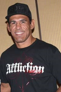Lil Nog says Chael Sonnen isn't a real challenger for Anderson