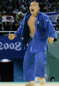 Satoshi Ishii is FINALLY coming to MMA