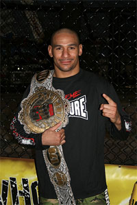 Jay Hieron has signed an exclusive contract with Bellator