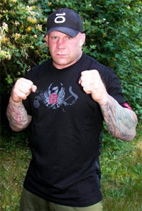 Jeff Monson signs with Strikeforce, anarchists reunite