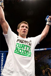 Chael Sonnen wants you to NOT buy into the Anderson Silva hype