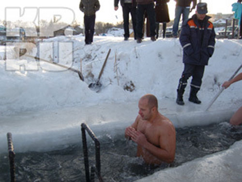 Fedor submerges himself in an icey river to further prove he is no longer human