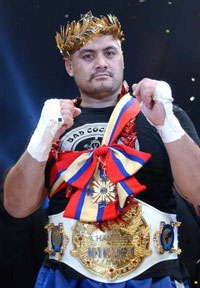 Mark Hunt feels that he's the best on the planet, but couldn't beat a wooden chair in a fight