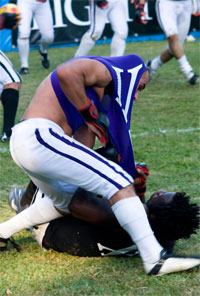 Screw your MMA, it's time for some Fight Football