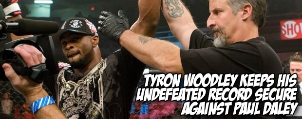 Tyron Woodley keeps his undefeated record secure against Paul Daley