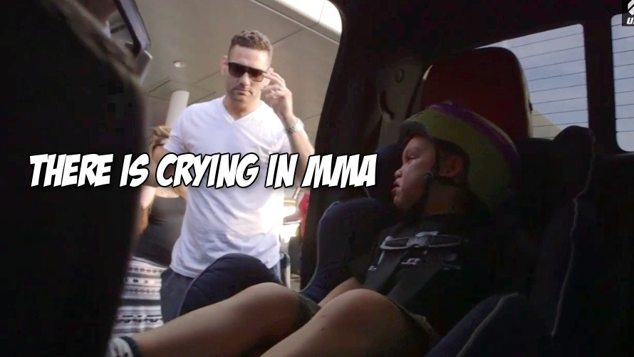 Video: All of Chris Weidman's kids cry as their dad takes off to destroy Vitor Belfort at UFC 187