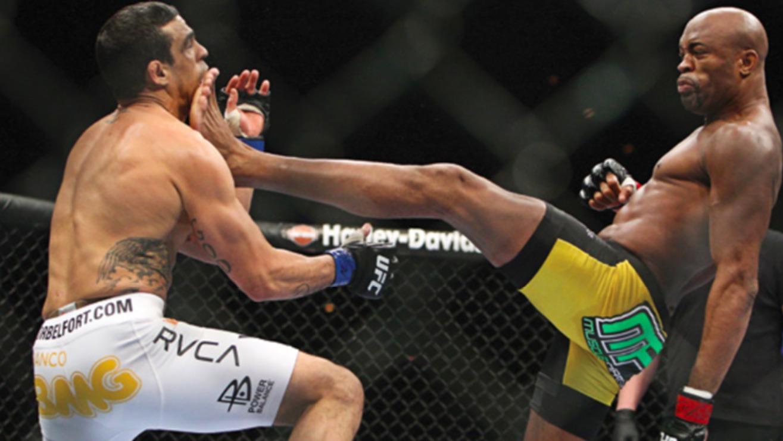 Anderson-Silva-Def.-Vitor-Belfort-at-UFC-126 Vitor Belfort