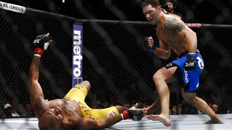 Anderson-Silva-Vs.-Chris-weidman-UFC-162 Chris Weidman