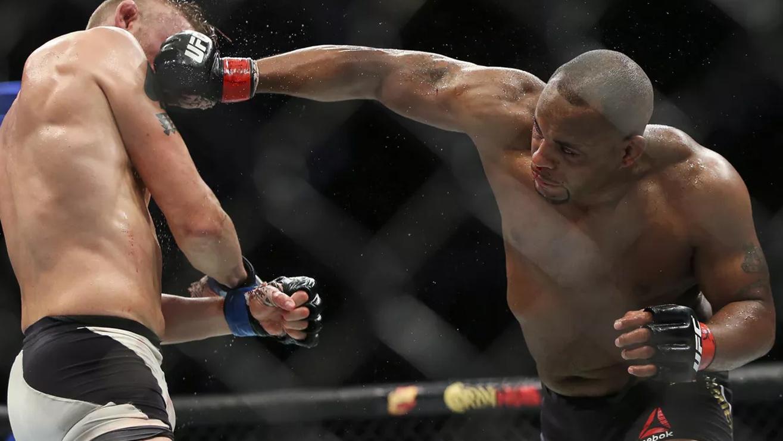 Daniel-Cormier-Def-Alexander-Gustafsson-at-UFC-192 Alexander Gustafsson