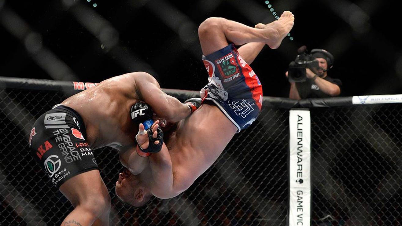 Daniel-Cormier-vs.-Dan-Henderson-UFC-173 Dan Henderson