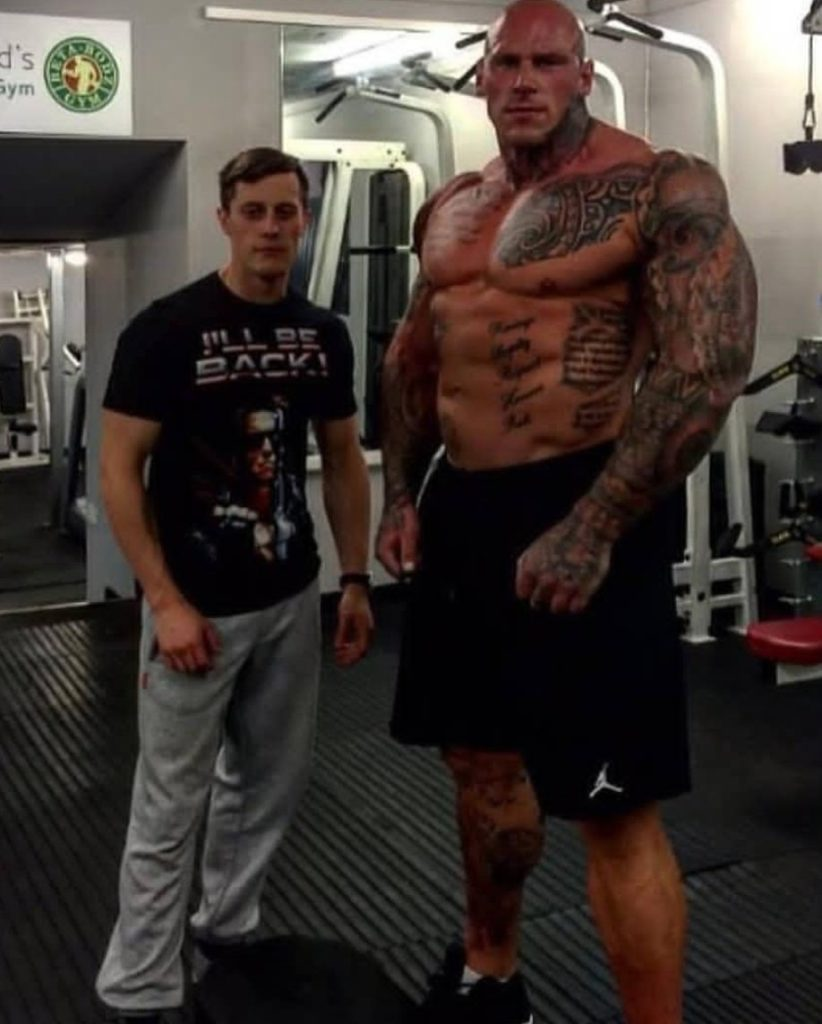 IMG_1800-822x1024 Pics: KSW signs 6'8, 280 lb bodybuilder Martyn Ford to fight MMA