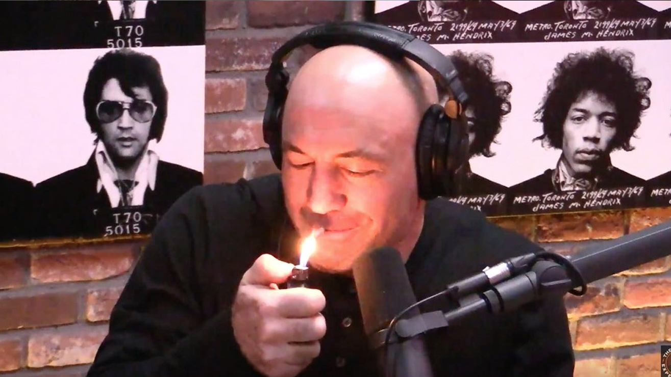 Joe-Rogan-Drug-advocate Joe Rogan - From UFC Announcer To Psychedelic Commentary Superstar