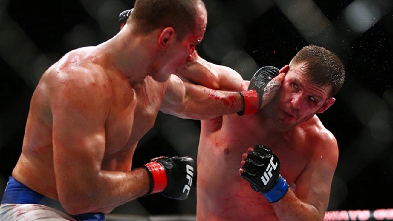 Junior-Dos-Santos-Vs-Stipe-Miocic-UFC-On-Fox-13 Stipe Miocic