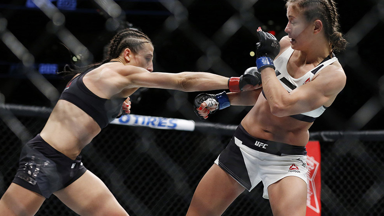 Karolina-Kowalkiewicz-Joanna-Jedrzejczyk-UFC-205 Joanna Jedrzejczyk
