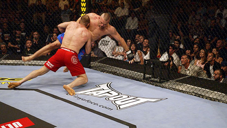 Randy-Couture-vs.-Chuck-Liddell-UFC-43 Chuck Liddell