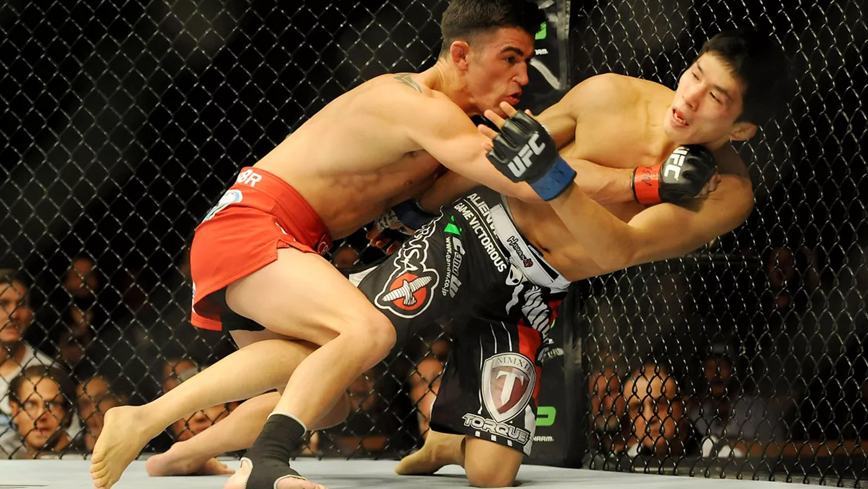 Takeya-Mizugaki-vs-Domicik-Cruz-UFC-178 Dominick Cruz