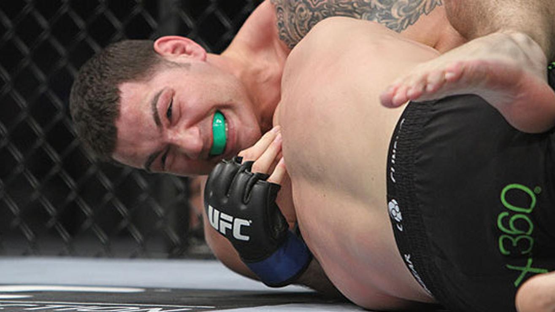 Tom-Lawlor-Vs.-Chris-Weidman-UFC-139 Chris Weidman