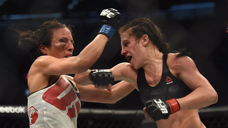 Valerie-Letourneau-Joanna-Jedrzejczyk-UFC-193 Joanna Jedrzejczyk