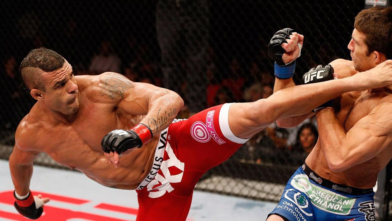 Vitor-Belfort-Def-Luke-Rockhold-at-UFC-On-Fox-8 Vitor Belfort