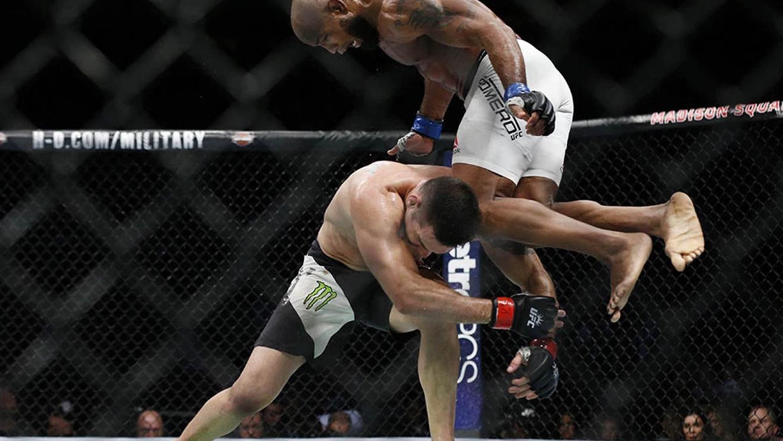 Yoel-Romero-Vs.-Chris-Weidman-UFC-205 Chris Weidman