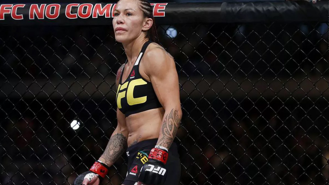 cris-2 The Top 5 Current Female Fighters in MMA