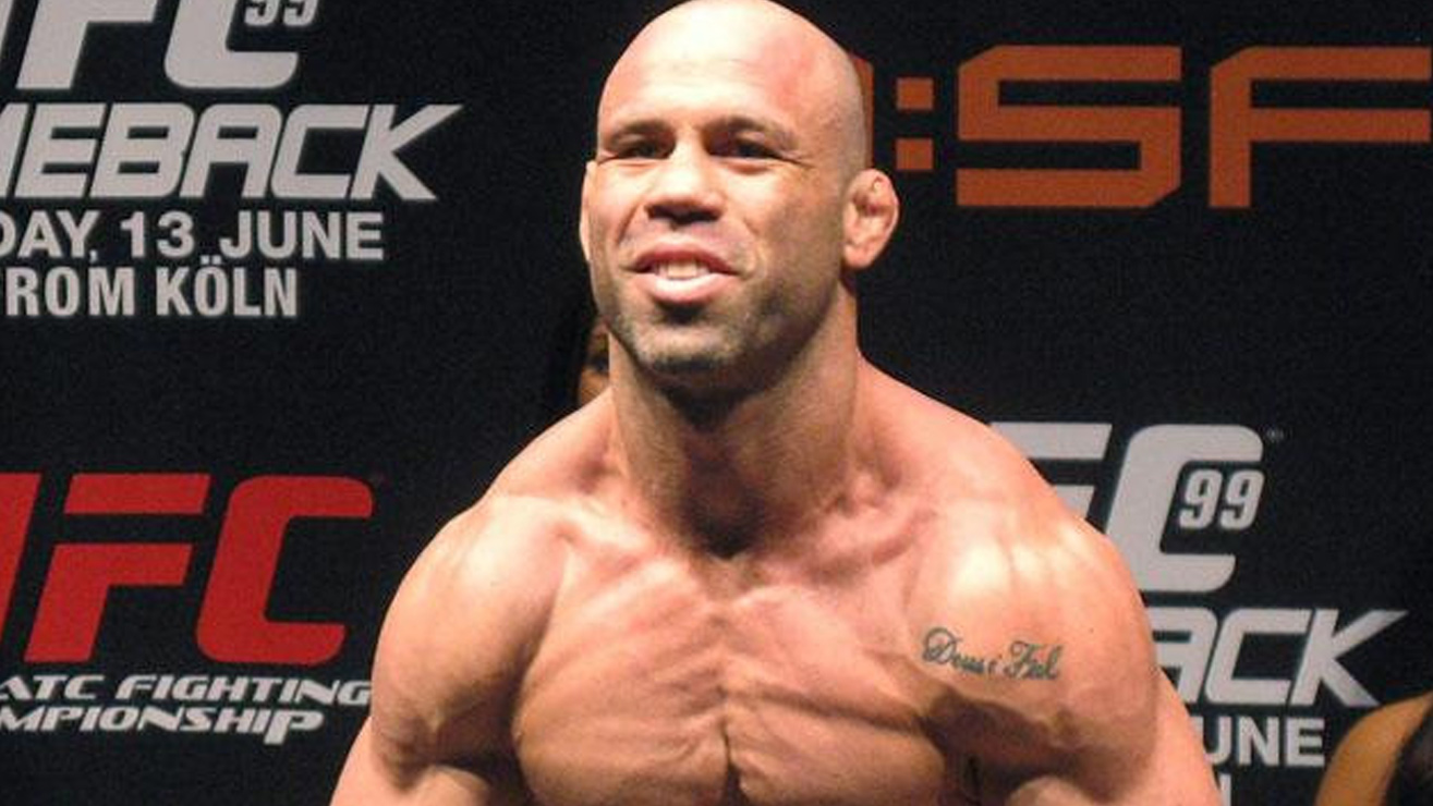 wan-1 The Top 7 Richest UFC Fighters