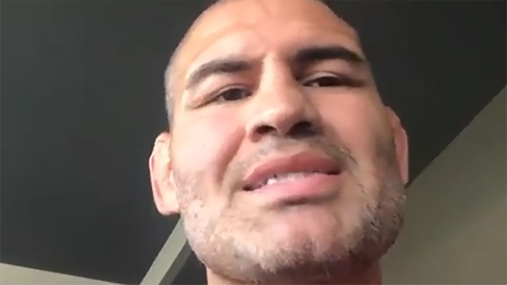 Ex-UFC Champ Cain Velasquez Made His Pro Wrestling Debut!