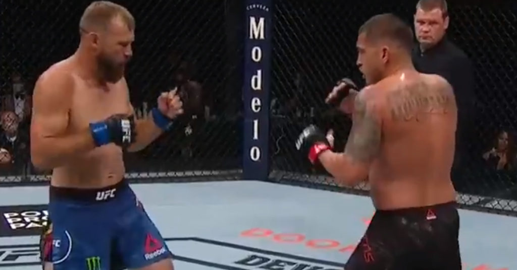 UFC 249 Results: Anthony Pettis Picks Unanimous Decision Over Donald Cerrone (Highlights)
