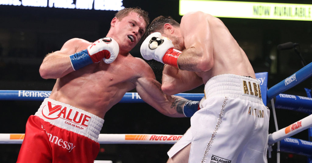 Canelo Alvarez Outpoints Callum Smith To Unify Super Middleweight Titles! (Highlights)